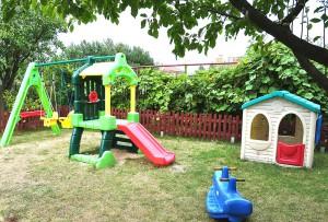 Plac zabaw -  Klubu Malucha SŁONECZKO - Lipków